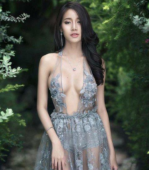 泰國網紅正妹Pichana Yoosuk擁有姣好身材,IG有83萬名粉絲(圖片/擷取自IG)